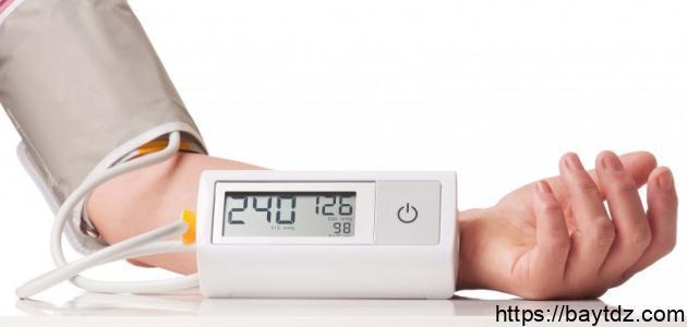 ما هي أعراض ضغط الدم