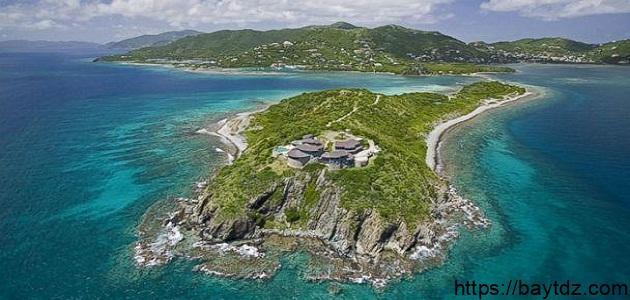 ما هي أكبر جزيرة في العالم وما مساحتها
