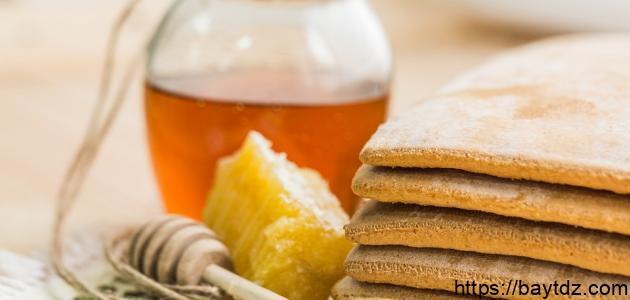 ما هي فوائد العسل وحبة البركة