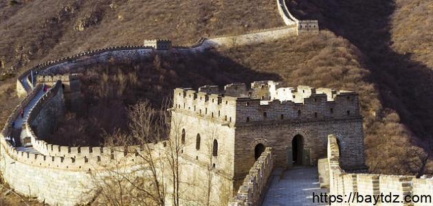 متى تم بناء سور الصين العظيم