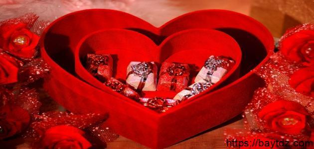 متى يصادف عيد الحب