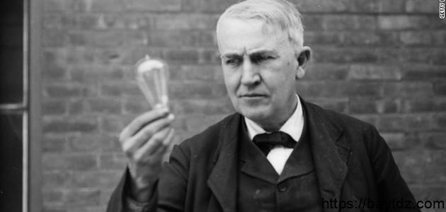من هو توماس أديسون