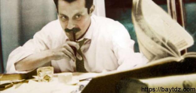 من هو غسان الكنفاني
