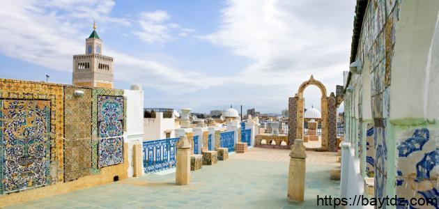 وصف مدينة سياحية تونسية