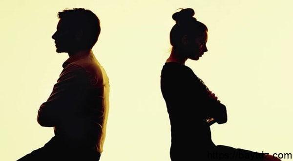 تفسير الطلاق للعزباء في المنام