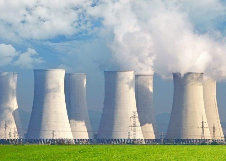 خصائص البيئة الصناعية