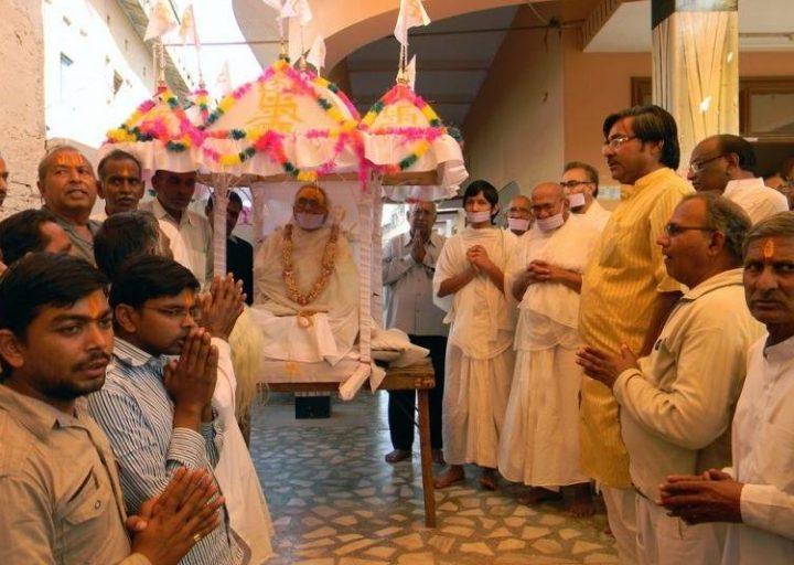 طقس سانثارا الصيام حتى الموت في الهندوسية