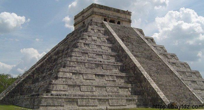 قصر المايا القديم