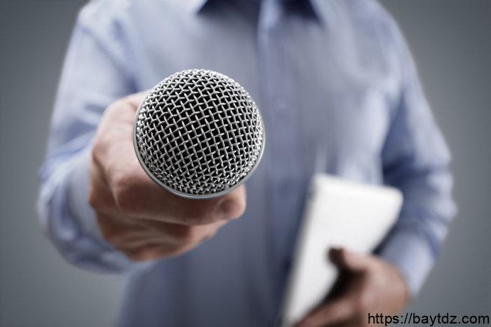 كيف تجعل صوتك مثل صوت المذيعين