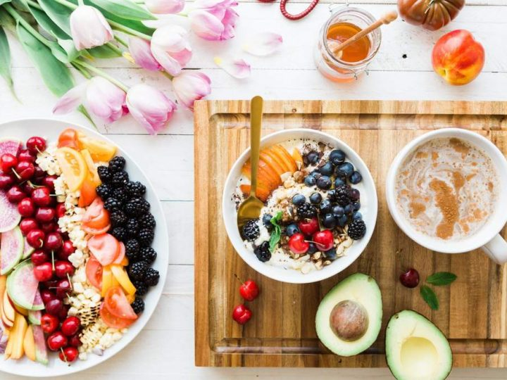 كيف يمكن تعديل طريقة اعداد الاطعمة لتناسب قدرة الشخص على المضغ