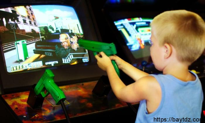 مخاطر الالعاب الالكترونية على الاطفال