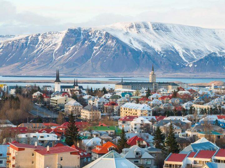 """معلومات عن عاصمة ايسلندا """" ريكيافيك """""""