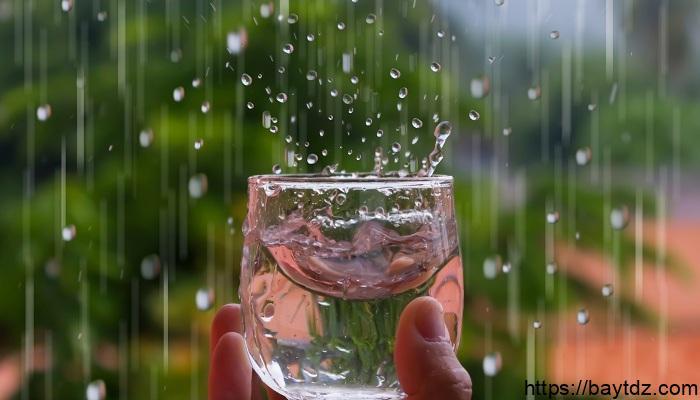 هل مياه المطر نظيفة وآمنة للشرب