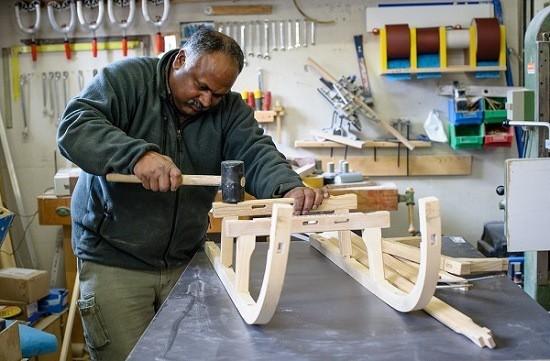 مشروع ورشة لنجارة الخشب وارباح هائلة