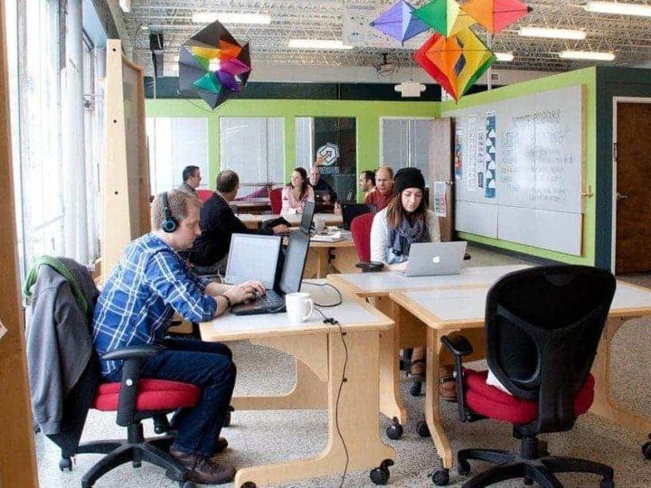 مشروع Co-Working space (مساحة عمل مشتركة) بربح وفير