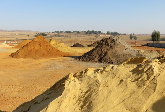 مشروع تجارة الرمل والزلط لاتمام اعمال البناء وارباح ممتازة