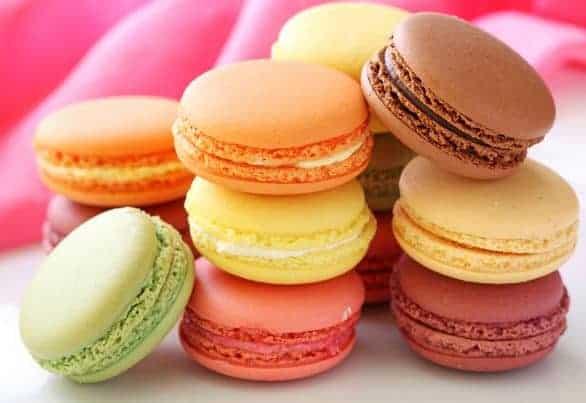 مشروع صناعة وتجارة حلوى الماكرون الفرنسية مع شرح كامل بالصور