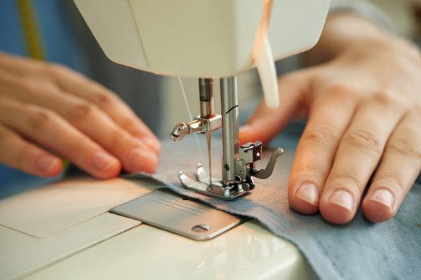 مشروع مشغل خياطة في البيت مع كيفية كسب أكبر عدد من العملاء